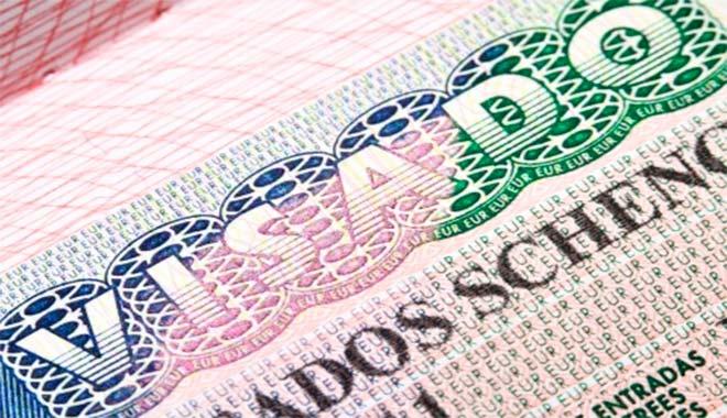 Aprobada eliminación de la visa europea para colombianos