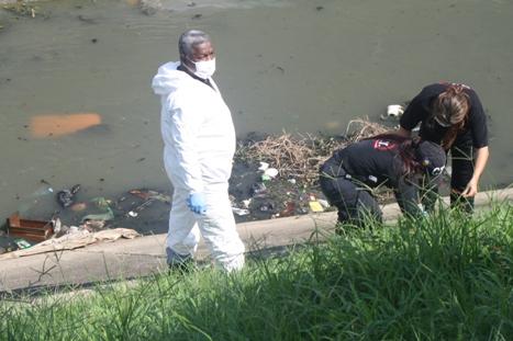 Bebé muerto fue encontrado en una maleta