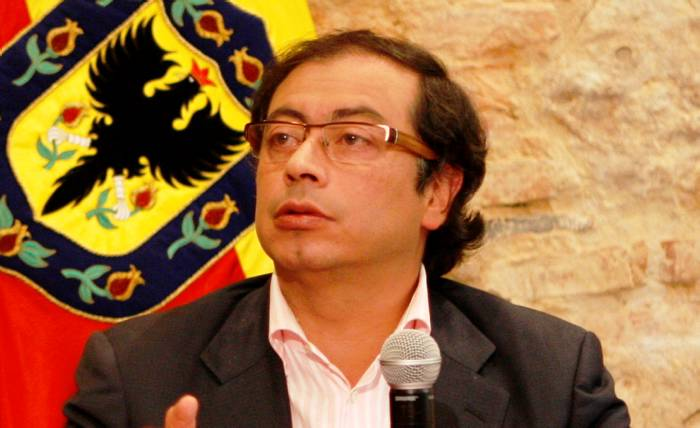 Colombianos se pronunciaron sobre destitución de Petro
