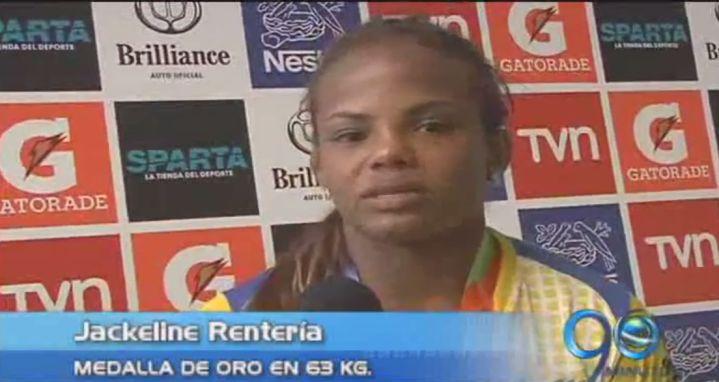 Jackeline Rentería ganó oro en lucha en Juegos Suramericanos