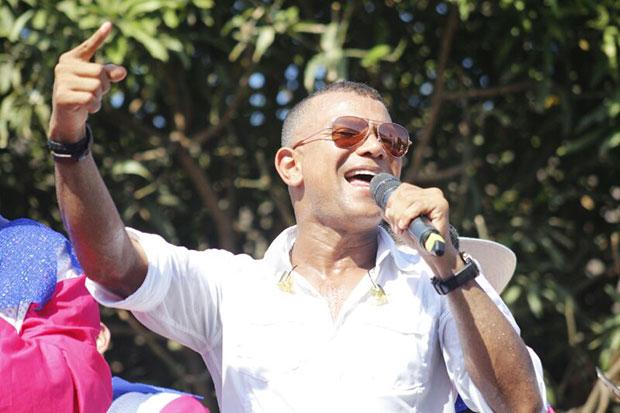 Juan Carlos Coronel presenta su nuevo sencillo musical