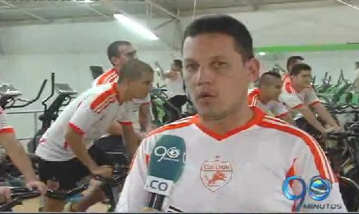 El Club Lyon se prepara para afrontar la Liga de Futsal 2014
