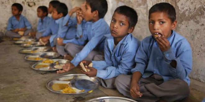 Más de 100 niños han muerto en Pakistán al parecer por desnutrición