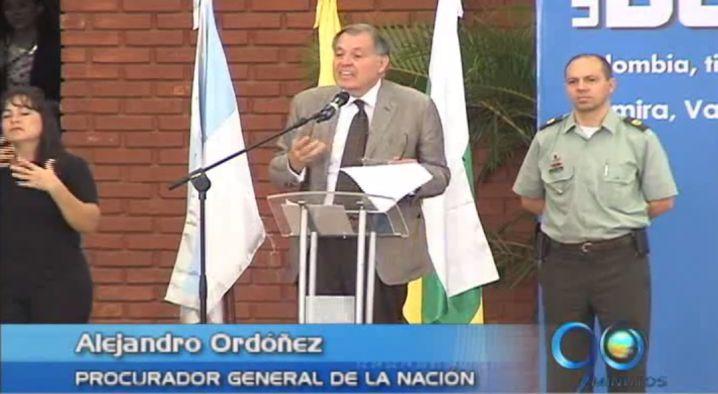 """""""El país quiere la paz sin el sacrificio de víctimas"""": Procurador"""