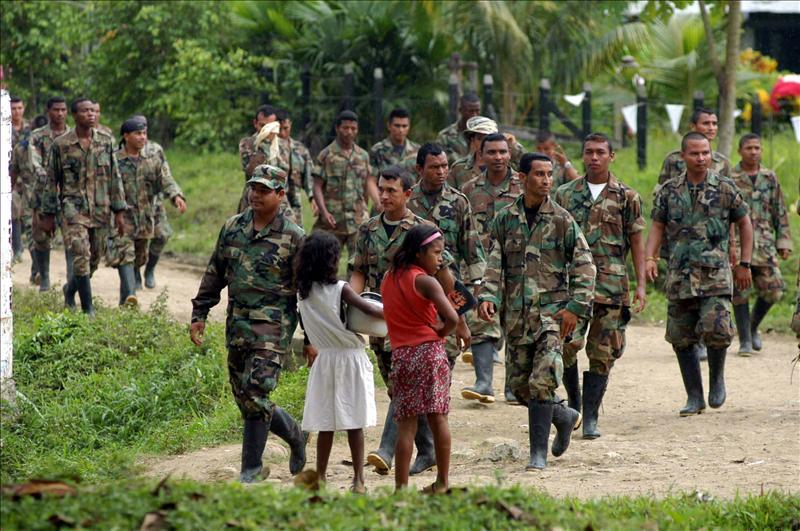 Más de mil niños han sido reclutados por las Farc y el ELN