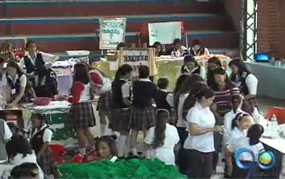 Colegio La Sagrada Familia adelanta feria en pro del medio ambiente