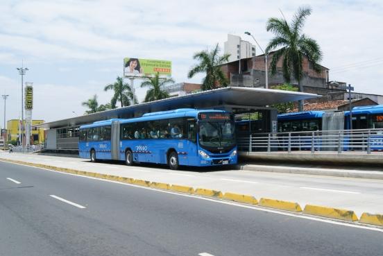 Instauran 80 tutelas contra cancelación de rutas de buses
