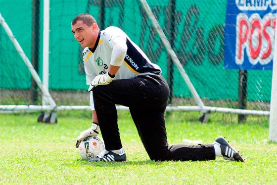 Faryd Mondragón anuncia su posible retiro del Deportivo Cali