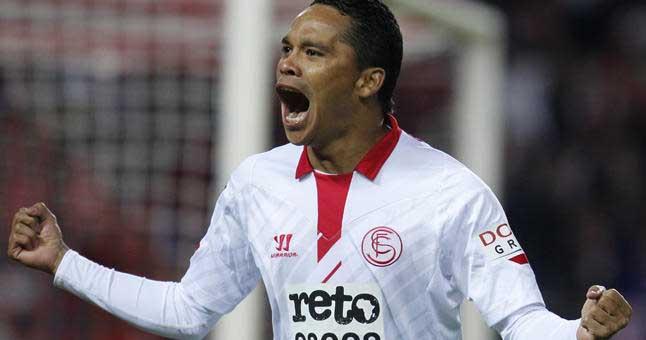 Con gol de Bacca, el Sevilla venció al Porto en la Europa League