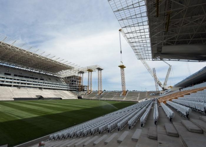 Se acaba el tiempo para terminar lo estadios del Mundial Brasil 2014