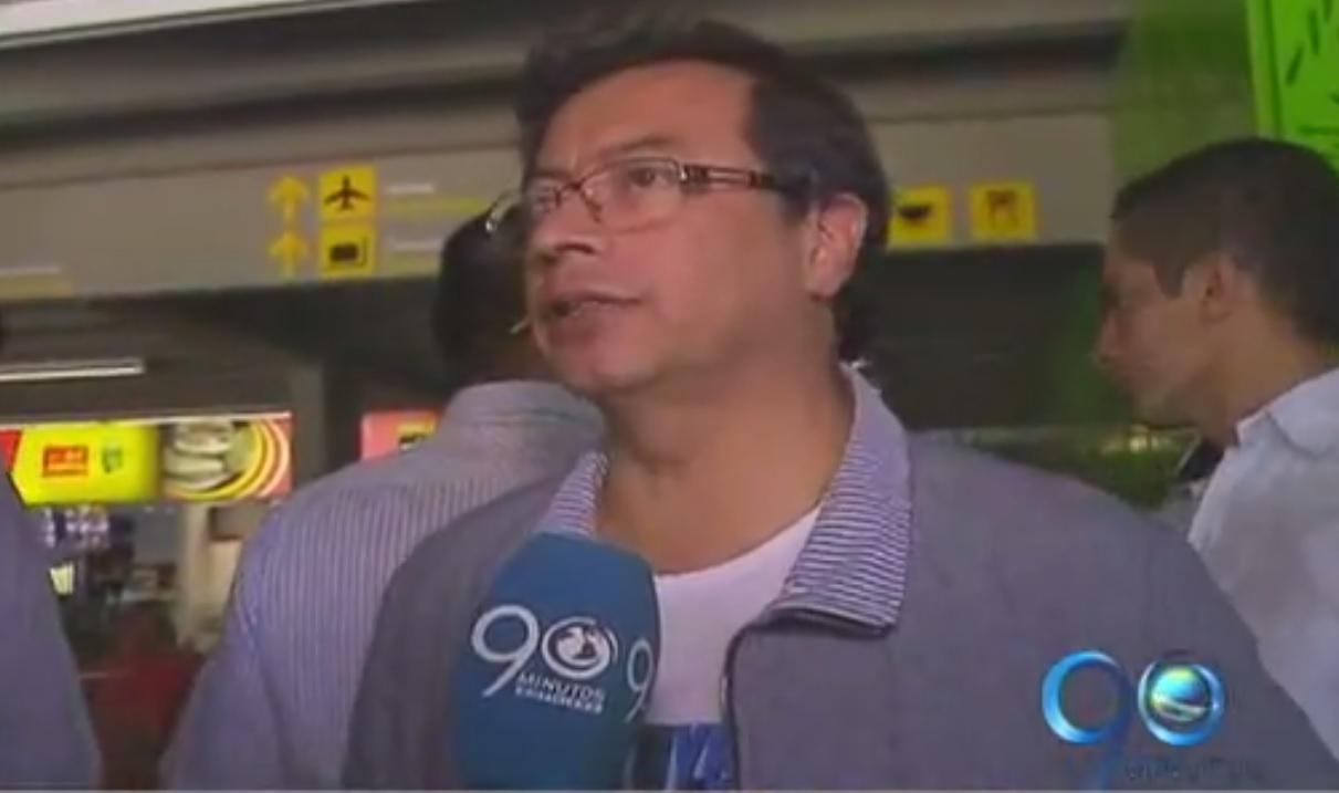 El exalcade Gustavo Petro de visita en la capital vallecaucana
