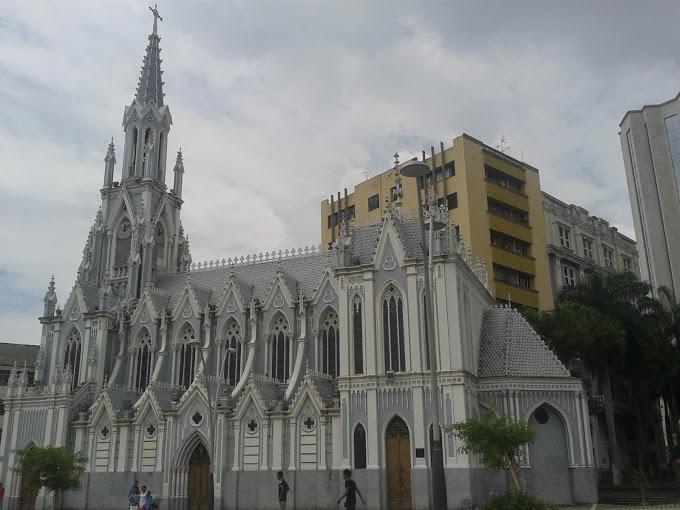 Las iglesias tradicionales que adornan a Cali