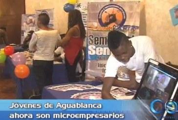 Jóvenes de Aguablanca se convierten en microempresarios
