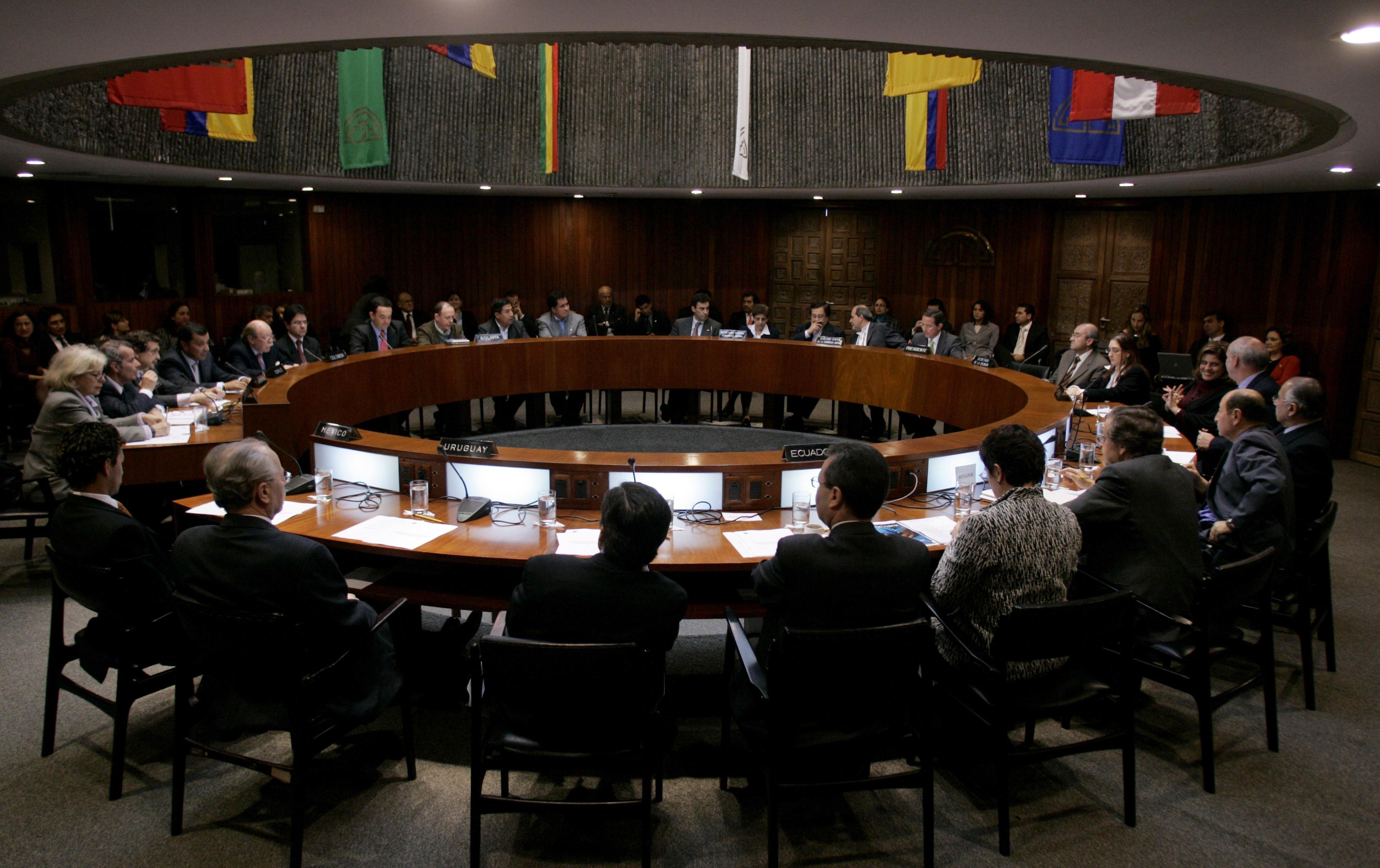 Se eliminará la elección popular para el Parlamento Andino