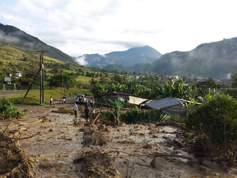 46 familias afectadas por avalancha en Santa Rosa, Cauca