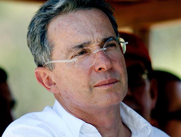 Uribe fue citado por la Procuraduría para declarar sobre caso Santos