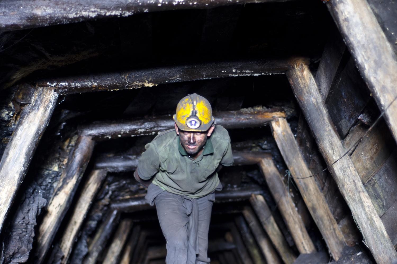 Minero fue remitido al HUV tras accidente en mina El Pedregal
