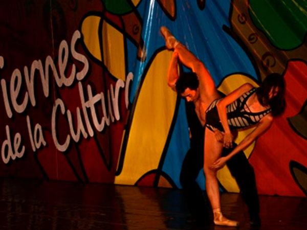 'Viernes de la cultura' se institucionaliza como espacio cultural