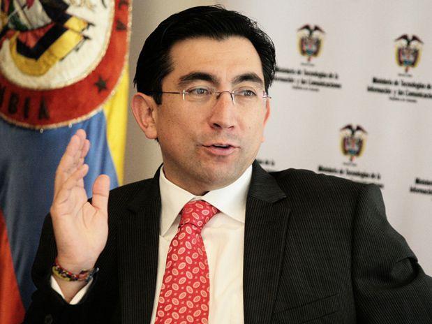 Contraloría abre investigación contra el Ministro de las TIC