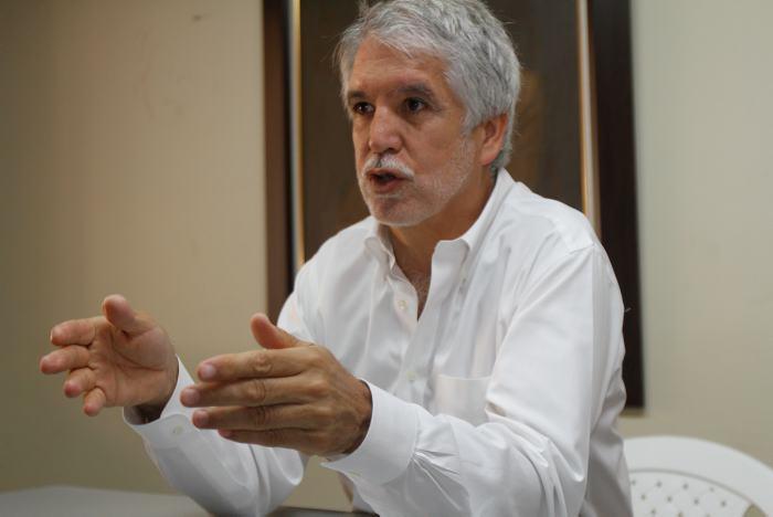 Alianza Verde no apoyará a ningún candidato presidencial: Peñalosa