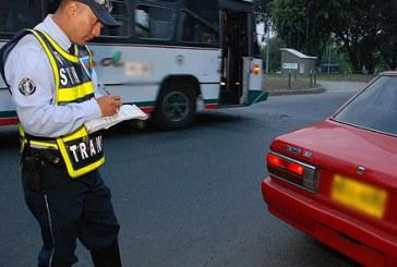 En curso embargos a morosos por multas de tránsito