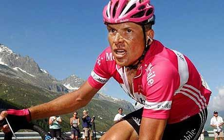Jan Ullrich, ex ciclista alemán, causa accidente bajo influencia de alcohol