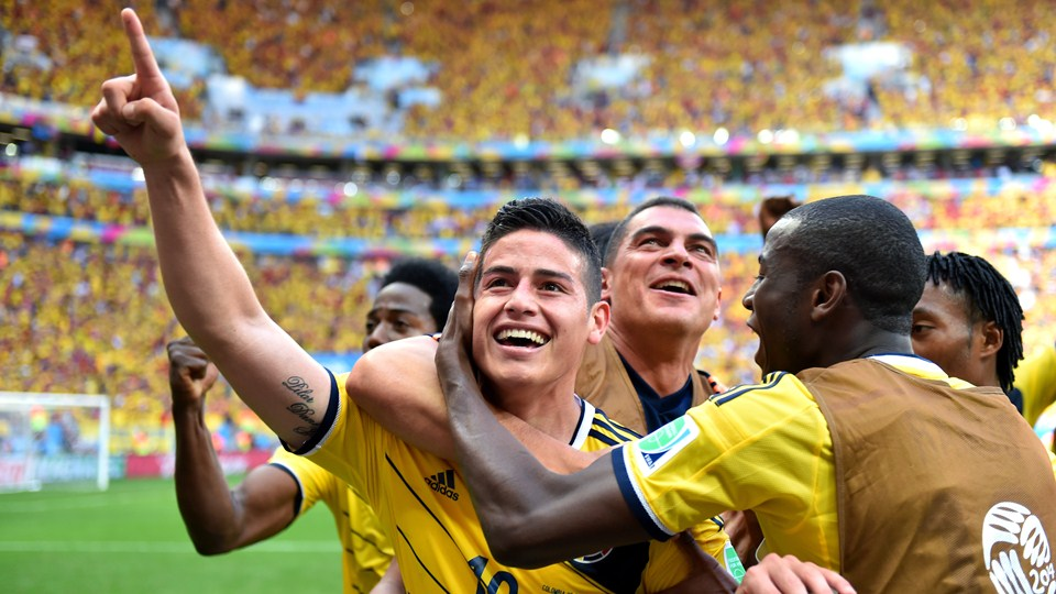 Colombia venció 2-1 a Costa de Marfil y se clasificó a octavos