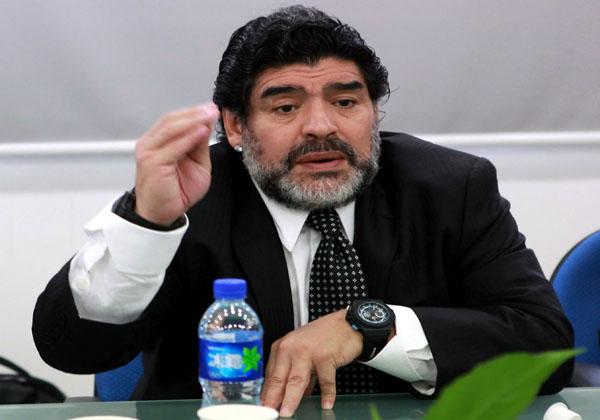 Fuertes declaraciones de Diego Maradona contra la FIFA