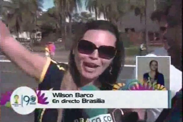 Los hinchas colombianos no cabían de la felicidad en el estadio de Brasilia