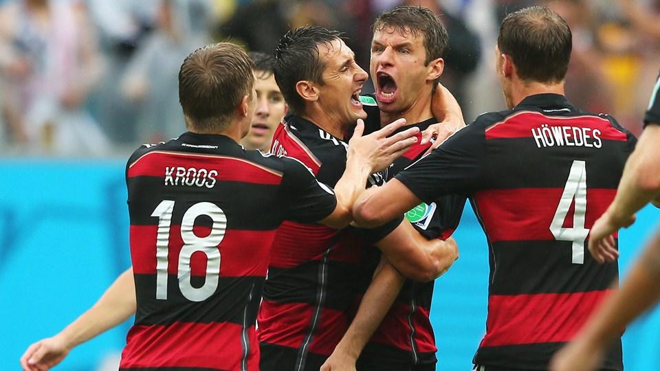 Alemania y Estados Unidos clasificaron a octavos de final