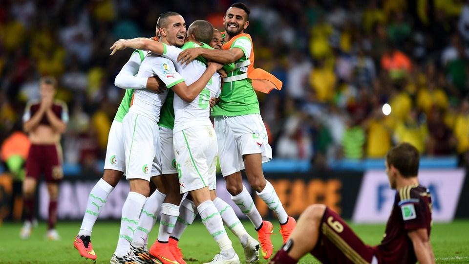 Gracias al empate con Rusia, Argelia pasa a octavos