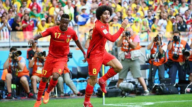 Bélgica ganó en su debut gracias a sus suplentes