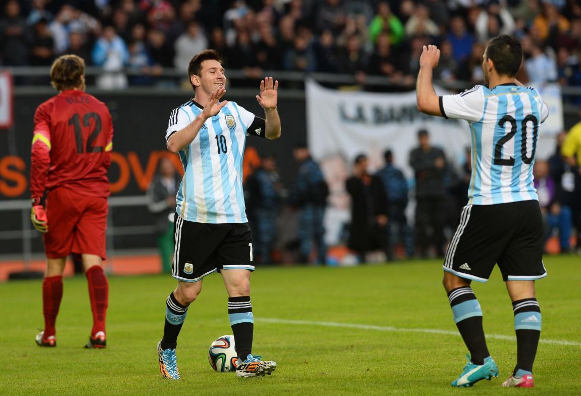 """""""La pulga"""" Messi se reencontró con el gol"""