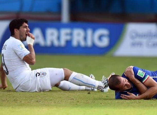 Luis Suárez podría ser sancionado con dos partidos