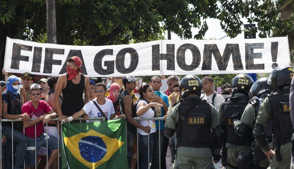 Nuevas protestas reciben la inauguración del Mundial