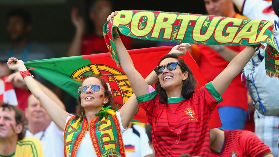 Estados Unidos enfrenta a Portugal, en busca del cupo en los octavos