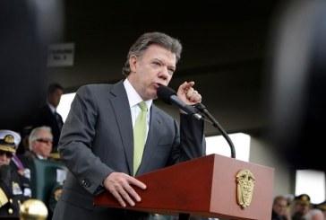 FF.MM. encargadas de negociar desarme de guerrillas: Santos