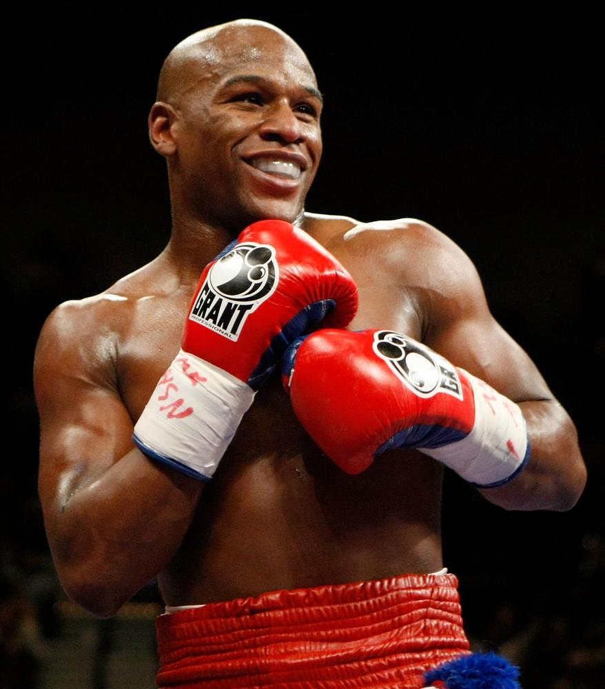 Boxeador es el deportista mejor pagado del mundo según Forbes