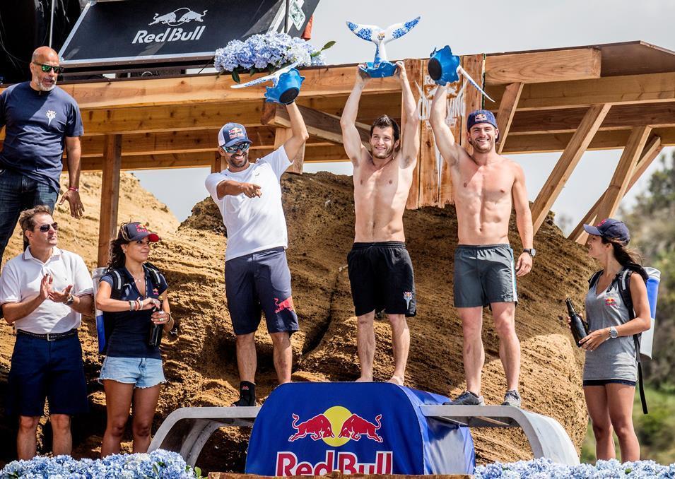 Orlando Duque hizo podio en la parada Cliff Diving en Portugal