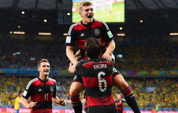 Alemania goleó al local y está en la final de Brasil 2014