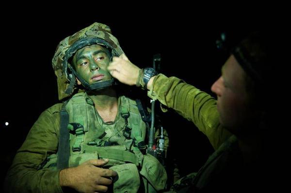 Ejército israelí transmite  por Twitter la invasión a Gaza
