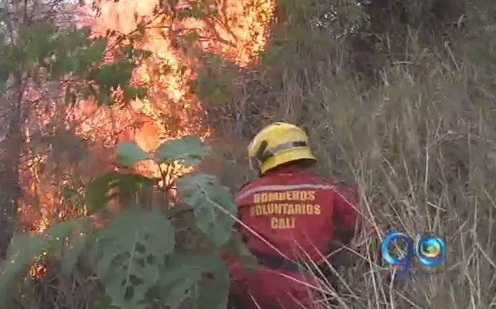 36 municipios del Valle están en riesgo por incendios forestales