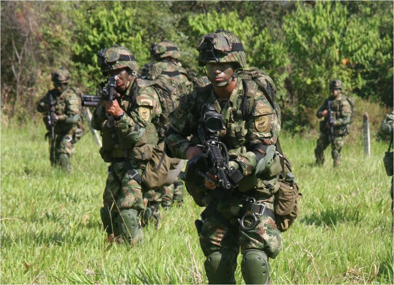 Muere teniente del Ejército y dos soldados heridos en Corinto