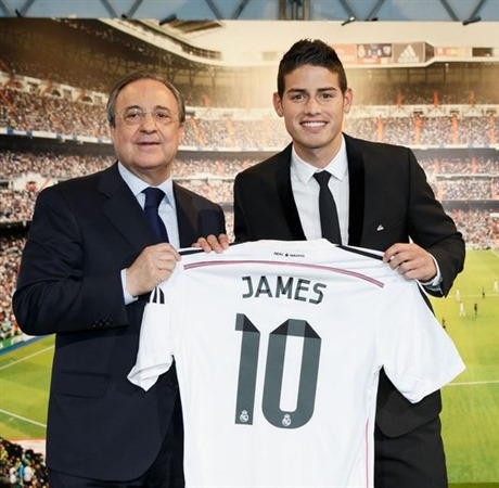 Real Madrid ya ha vendido más de medio millón de camisetas de James