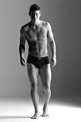 Así luce James Rodríguez en su faceta como modelo de ropa interior