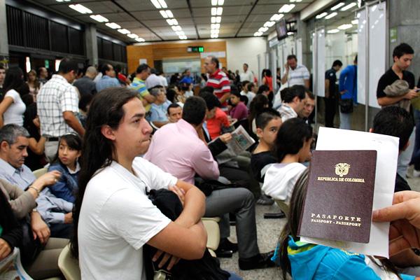 Se reanudará expedición de pasaportes y servicio de recaudo
