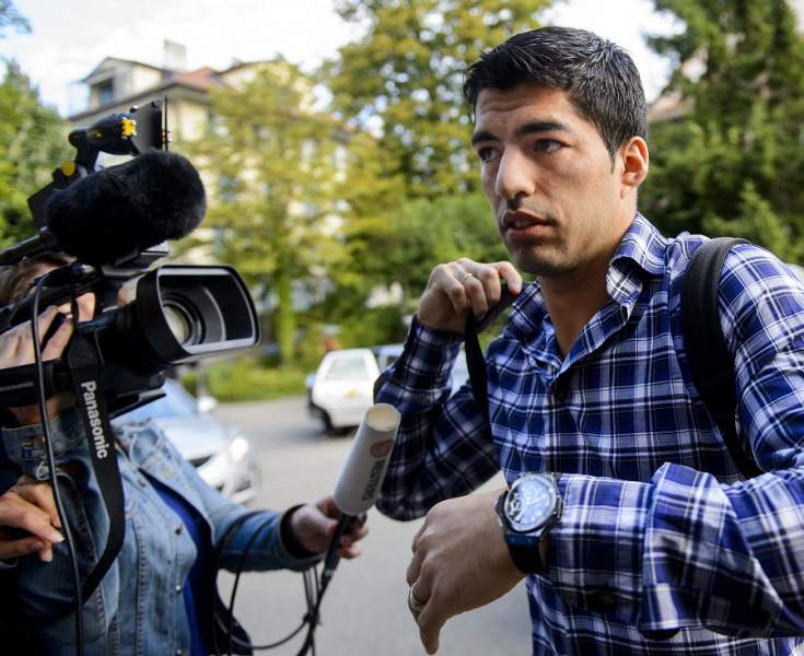 El Tribunal de Arbitraje mantiene la sanción a Luis Suárez