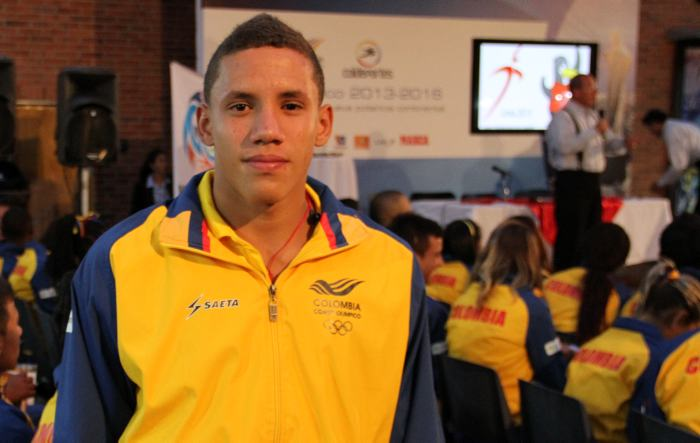 El colombiano Alejandro Arias es campeón del mundo en clavados