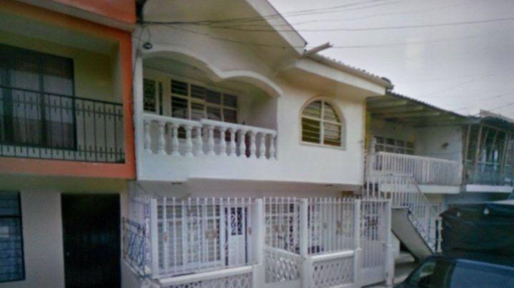 Madre e hija asesinadas en el barrio Los Robles