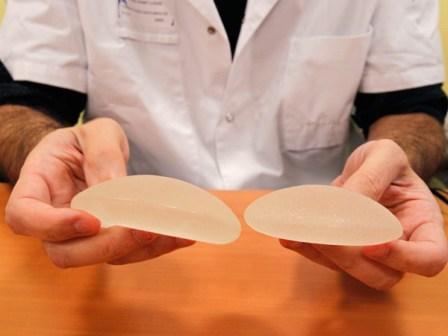 Nueva víctima mortal de los implantes mamarios en Cali